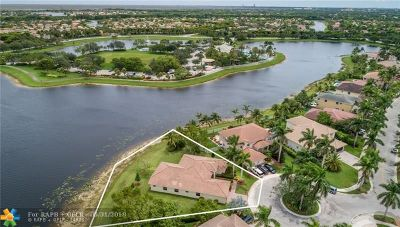 Weston Single Family Home For Sale: 932 Marina Dr