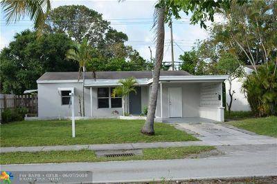Oakland Park Single Family Home For Sale: 140 NE 51 St