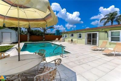 Deerfield Beach Single Family Home For Sale: 1408 SW 1st Ave
