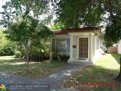 Dania Beach Single Family Home For Sale: 241 SW 5th St