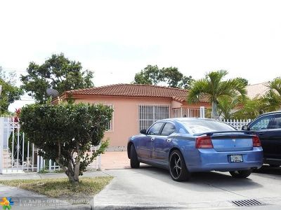 Hialeah Single Family Home For Sale: 166 E 14th St