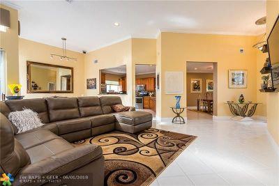 Boca Raton Single Family Home For Sale: 17050 Newport Club Dr