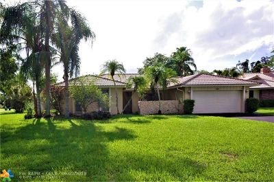 Coral Springs Single Family Home For Sale: 111 SW 101st Way