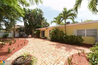 Pompano Beach Single Family Home For Sale: 2104 N Riverside Dr
