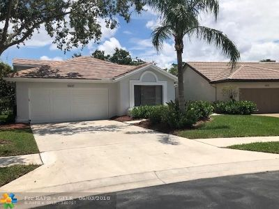Boca Raton Single Family Home Backup Contract-Call LA: 10637 Santa Laguna Dr