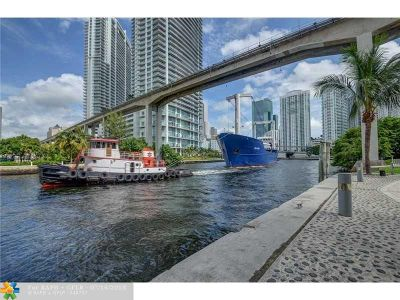 Miami Condo/Townhouse For Sale: 690 SW 1st Ct #1506