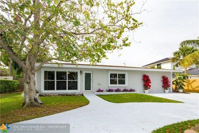 Lauderdale By The Sea Single Family Home For Sale: 3210 Oleander Way