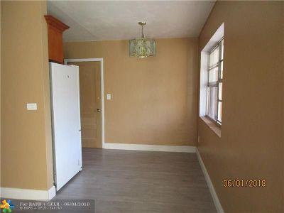 Pompano Beach Single Family Home For Sale: 1520 NE 43rd St