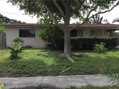 Deerfield Beach Single Family Home For Sale: 1213 SW 1st Ter