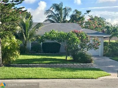 Boca Raton Single Family Home For Sale: 549 NW 52nd St