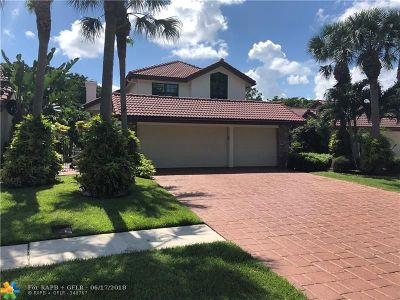 Boca Raton Single Family Home For Sale: 21721 Town Place Dr