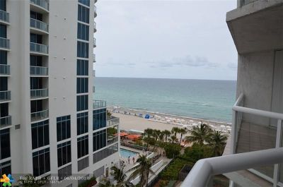 Sunny Isles Beach Condo/Townhouse For Sale: 17275 Collins Ave #810