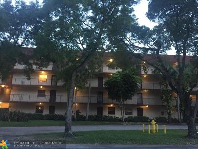 Lauderdale Lakes Condo/Townhouse For Sale: 3341 NW 47th Ter #309