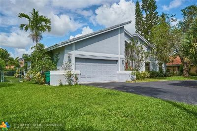 Broward County Single Family Home For Sale: 266 NW 119th Dr