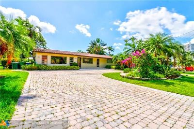 Hallandale Single Family Home For Sale: 637 Oleander Drive