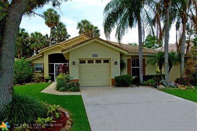 Boynton Beach Single Family Home For Sale: 7813 Manor Forest Ln