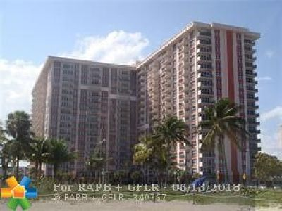 Pompano Beach Condo/Townhouse For Sale: 405 N Ocean Blvd #328