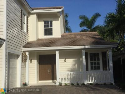 Davie Single Family Home For Sale: 4755 Village Way