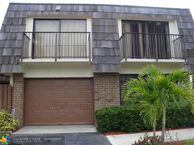 North Lauderdale Condo/Townhouse For Sale: 8401 S Coral Cir #8401