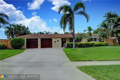 Deerfield Beach Single Family Home For Sale: 5 SE 11th Ct