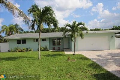 Lighthouse Point Single Family Home For Sale: 2130 NE 35th St