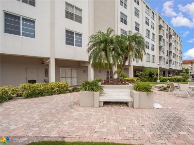 Fort Lauderdale Condo/Townhouse For Sale: 1600 SE 15th St #507