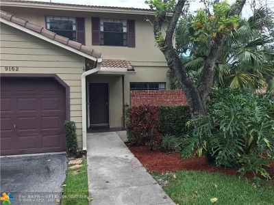 Plantation Condo/Townhouse For Sale: 9162 Vineyard Lake Dr #9162