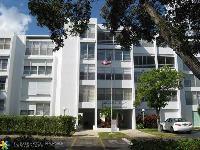 Plantation Condo/Townhouse For Sale: 6903 Cypress Rd #A25