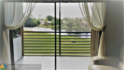 Sunrise Condo/Townhouse For Sale: 10466 Sunrise Lakes Blvd #209