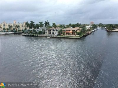 Pompano Beach Condo/Townhouse For Sale: 201 N Riverside Dr #301