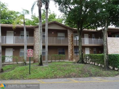 Coral Springs Condo/Townhouse For Sale: 8331 Royal Palm Blvd #201
