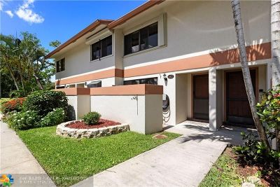 Davie Condo/Townhouse For Sale: 4427 SW 70th Ter #4427