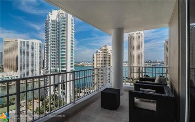 Miami Condo/Townhouse For Sale: 701 Brickell Key Blvd #2409