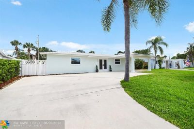 West Palm Beach Single Family Home For Sale: 2388 S Wallen Dr