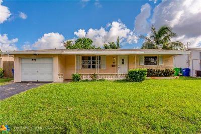 Sunrise Single Family Home For Sale: 7449 Sunset Strip
