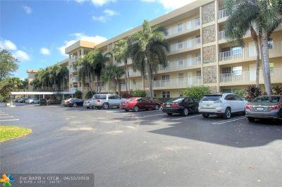 Pompano Beach Condo/Townhouse For Sale: 804 Cypress Grove Ln #101