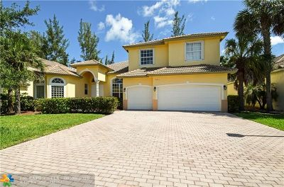 Coconut Creek Single Family Home For Sale: 5011 Pinecreek Pl