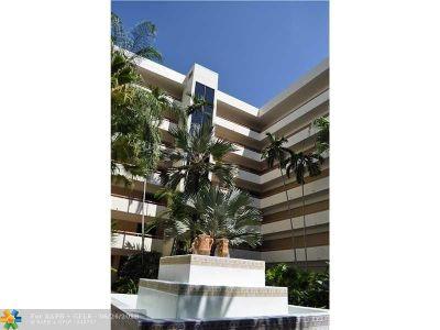 Boca Raton Condo/Townhouse For Sale: 23200 Camino Del Mar #401