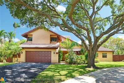 Cooper City Single Family Home For Sale: 8675 SW 57th Place