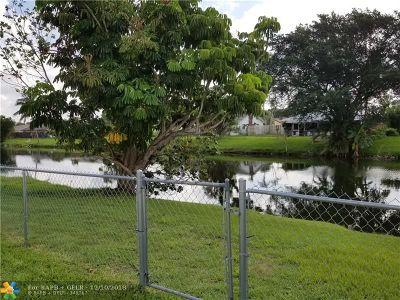 Boca Raton Single Family Home For Sale: 19468 Liberty Rd