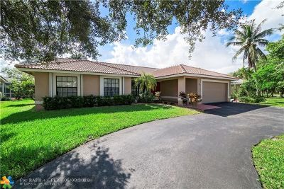 Coral Springs Single Family Home For Sale: 5311 N Springs Way