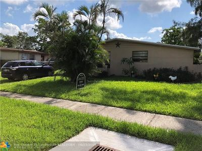 Davie Single Family Home For Sale: 3900 SW 60th Ave