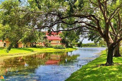 Coconut Creek Condo/Townhouse For Sale: 2877 Carambola Cir #2068