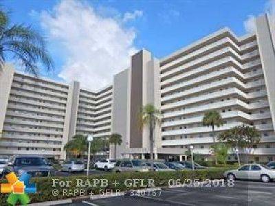 Pompano Beach Condo/Townhouse For Sale: 801 S Federal Hwy #307