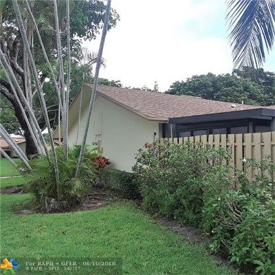 Delray Beach Condo/Townhouse For Sale: 777 NW 29th Ave #A