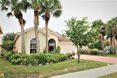 Lake Worth Single Family Home For Sale: 7337 Winder Ct