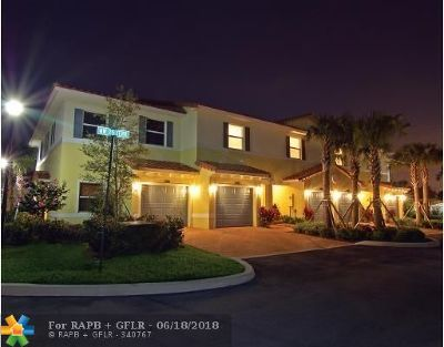 Oakland Park Condo/Townhouse For Sale: 3101 NW 25th Ter #49
