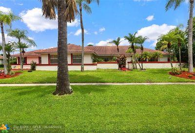 Boca Raton Single Family Home For Sale: 10350 Camelback Ln