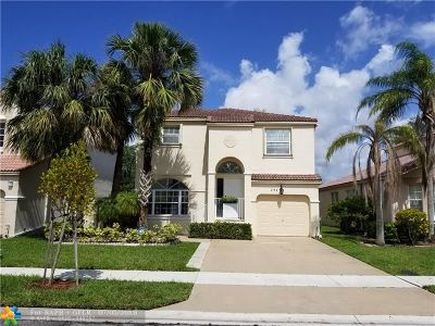 Pembroke Pines Single Family Home For Sale: 254 NW 152nd Ave