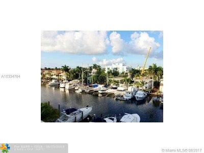 Fort Lauderdale Condo/Townhouse For Sale: 155 Isle Of Venice Dr #502